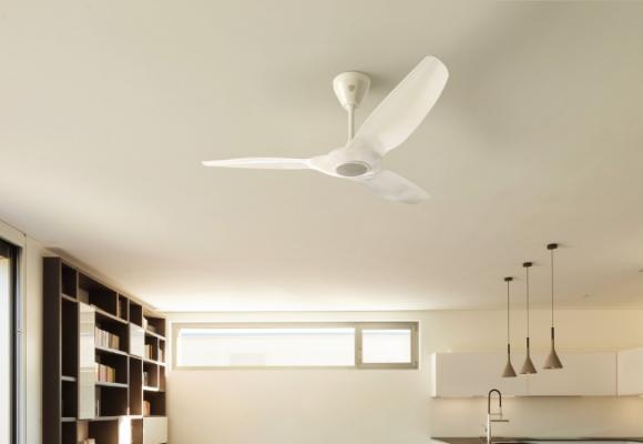 Phòng khách đã lắp máy lạnh thì có nên lắp thêm quạt trần?